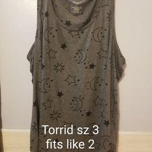 Torrid sz 3 stars/moon tank